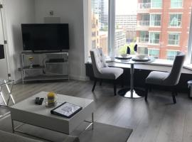 Jet Furnished Suites, hotel near Casa Loma, Toronto