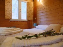 Camping Fiori di Noto, glamping site in Noto