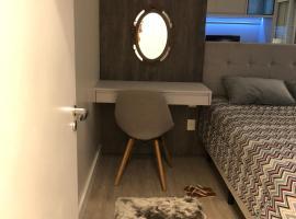 Casa nova em Cond Fechado, holiday home in Canela