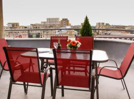 Panoramic View Apartment - Old Town, apartment in Bucharest