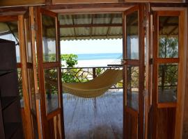 The Sea Garden House, hotel em Olón