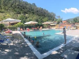 Villaggio Camping Valdeiva, glamping site in Deiva Marina