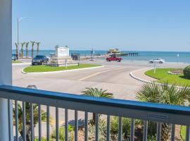 Book now - Beach Open! #154- Nautical Escape, vacation rental in Galveston