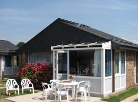 VVF Villages « La Côte Normande » Veules-les-Roses, resort village in Veules-les-Roses