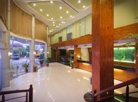 Angkasa Garden Hotel, hotel in Pekanbaru