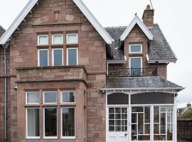 Eastdene Guest House, B&B in Inverness