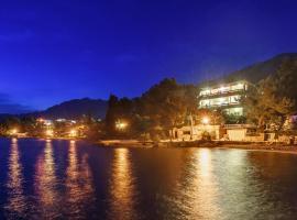 Villa Vicko, hotel in Starigrad-Paklenica