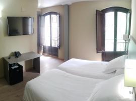 Hotel Areces, hotel en Grado