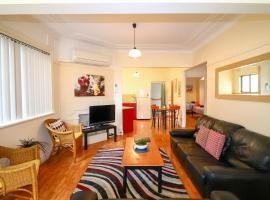 Flexi 2 at Belmont, accommodation in Belmont