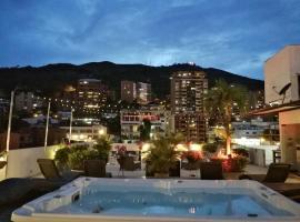 Aqua Granada Hotel, hotel in Cali