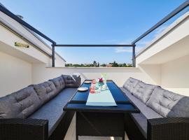 Ferienwohnung Sommer, luxury hotel in Novigrad Istria