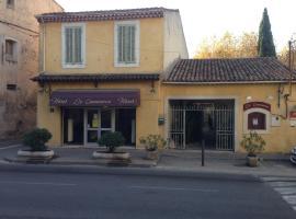 Hôtel Restaurant Le Commerce, hotel near Sainte Baume Golf Course, Auriol