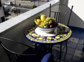 Maiori Apartment by Marcel, budget hotel in Maiori