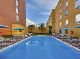 City Express Cancun, hotel near Universidad Anahuac Cancun, Cancún