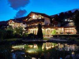 Hotel Hubertus, hotel near Brandstadl, Brixen im Thale