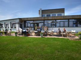 l'AERODROME DE LA BAIE DE SOMME, hotel en Buigny-Saint-Maclou