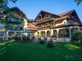 Landhotel Waldmühle, hotel in Sankt Georgen im Attergau