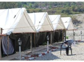The Junky Yard Camps, luxury tent in Rishīkesh