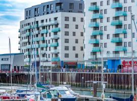 The Boardwalk Apartments, apartment in Brighton & Hove