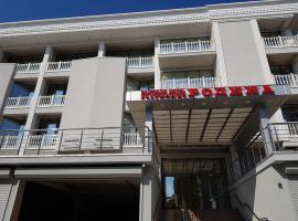 BOUTIQUE HOTEL РОДИНА, отель в Лазаревском, рядом находится Парк Культуры и Отдыха
