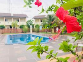 Shell Out Cenang Beach Resort, vacation rental in Pantai Cenang