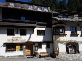 Hotel Garni Friedheim, pet-friendly hotel in Sankt Anton am Arlberg