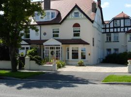 The Cliffbury, hotel near Maesdu Golf Club, Llandudno
