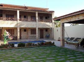 Chalés 4 Estações, hotel with pools in Beberibe