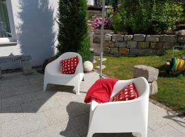 Sonniges Business-Apartment - zentral und ruhig, Hotel in der Nähe von: OberschwabenHallen Ravensburg, Ravensburg