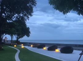 Nicha Home@sansuk Condo, hotel in Hua Hin
