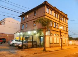 Hotel Ivo De Conto, hotel in Porto Alegre