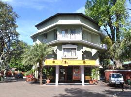 Jaffer Bhai's Brickland Hotel, hotel in Panchgani