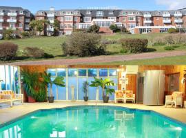 The Devoncourt Resort, hotel near Powderham Castle, Exmouth