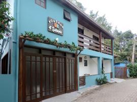 Pousada Quatro Estacoes, hotel near Camburi Beach, Trindade