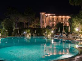 Hotel Villa Elsa, hotel in Marina di Massa