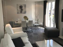 LE COEUR DE DEAUVILLE - 2 PIECES DESIGN EN HYPERCENTRE DE DEAUVILLE, apartment in Deauville
