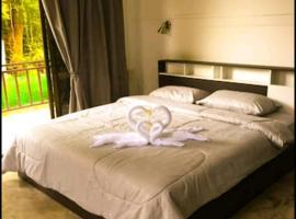Benzai family homestay, Hotel in Ko Chang