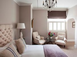 The Lion Inn, hotel near Sudeley Castle, Winchcombe