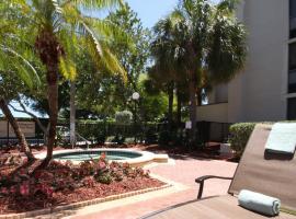 Hampton Inn Ft. Lauderdale-Cypress Creek, hotel in Fort Lauderdale