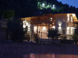 Hotel Grandpa's House, hotel near Rozafa Castle Shkodra, Shkodër