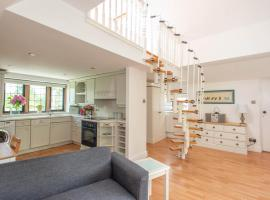 83 Downs Hill, apartment in Beckenham