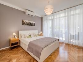 Room Nada, hotel in Split