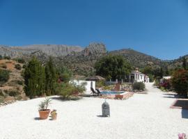 Casa el Chorro, glamping site in El Chorro