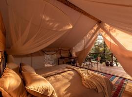 Plage Cachée - Glamping, luxury tent in Vrboska