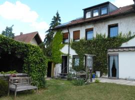 Apartment Stasch, Ferienwohnung in Erlangen