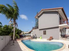 Advantage Apartments Curacao, apartamento em Willemstad