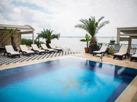 Almar Lake View Boutique H, hotel din Mamaia