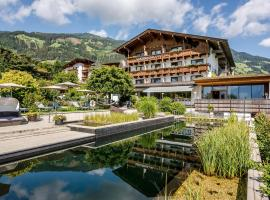 Gartenhotel Crystal - 4 Sterne Superior, hotel in Fügen