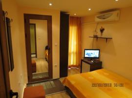 Family Hotel Lebed, отель в Несебре