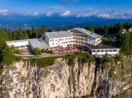 Panorama Hotel Penegal, hotel in Mendola